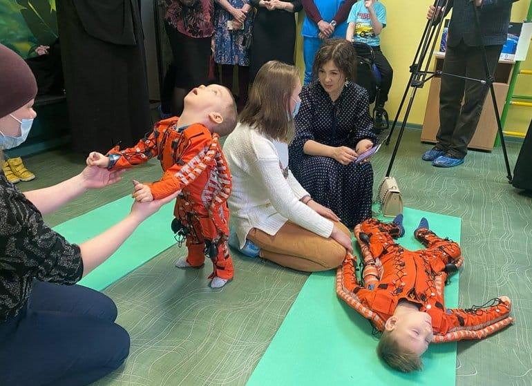 Златоустовская епархия передала технические средства для реабилитации  детей-инвалидов