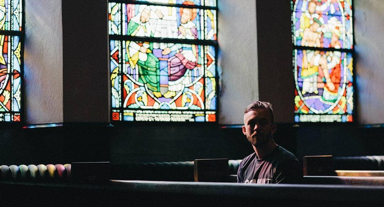 Пока находишься в ссоре, духовную жизнь следует прекратить?