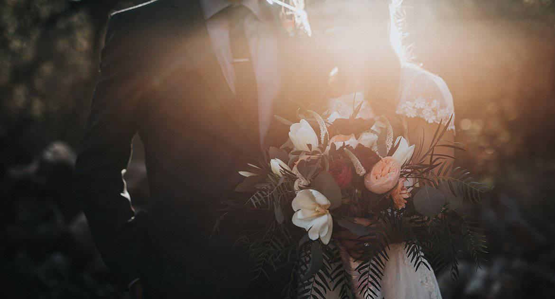 Нам 43, хотим пожениться, матери хотят брачный контракт. Как быть?