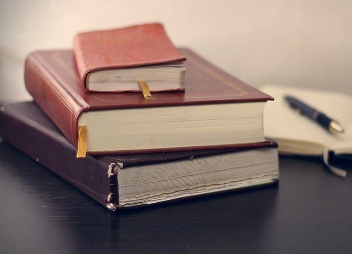Какую книгу об исповеди тебе стоит прочесть? Пройди тест и получи рекомендацию!