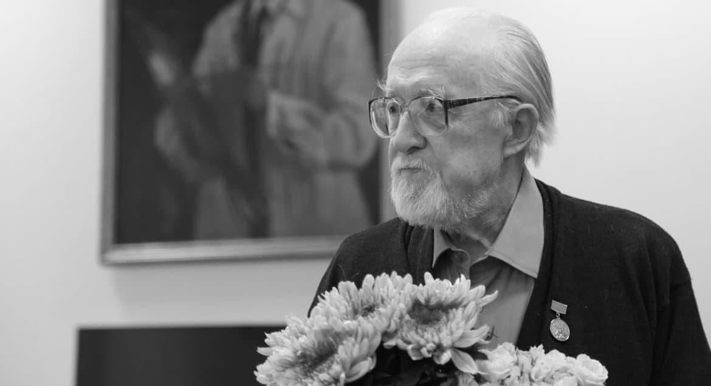 Умер художник-реставратор Адольф Овчинников