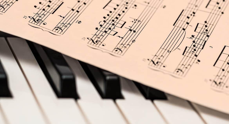 В Оксфорде предложили снизить объем изучения «белой» музыки, в т.ч. Моцарта и Бетховена