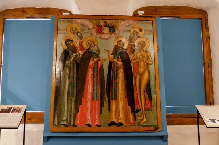 Спустя 11 лет отреставрирована уникальная икона с Александром Невским в облачении монаха