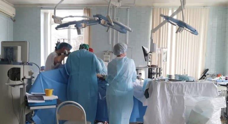 На Амуре наградят врачей, завершивших операцию в горящем кардиоцентре