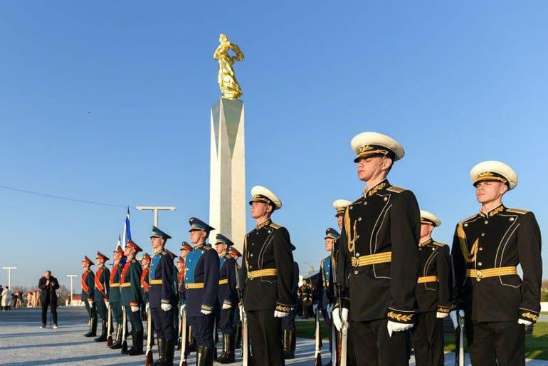 «Мать Примиряющая»: в Крыму открыли первый в России памятник жертвам Гражданской войны