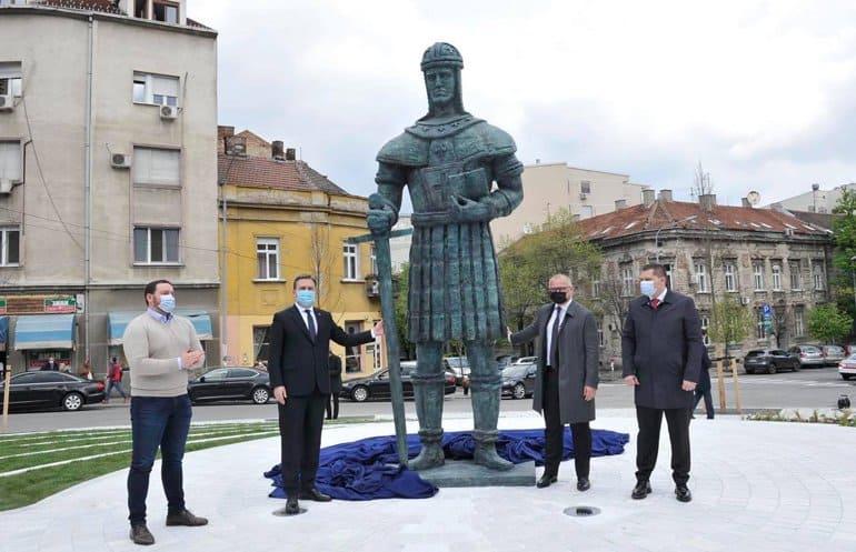 В Белграде установили памятник святому князю, сделавшему город столицей Сербии