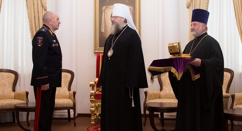 Полицейские вернули Ростовской епархии украденные злоумышленником мощи святого