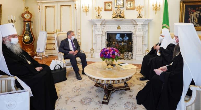 Глава Татарстана пригласил патриарха Кирилла освятить восстановленный Казанский собор