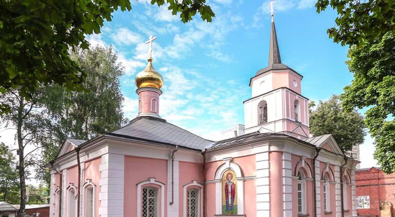 Церкви вернули храм Покрова Богородицы в Покровском-Стрешневе