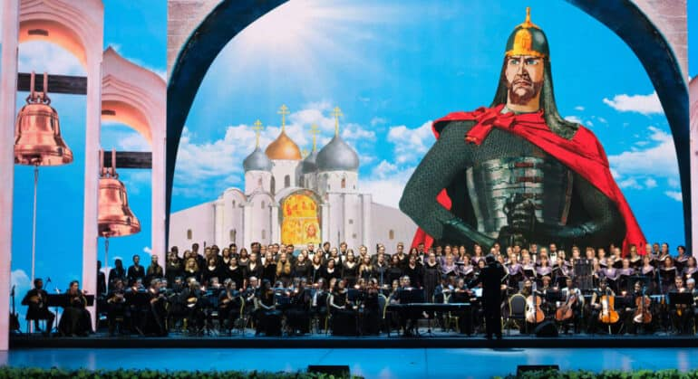 Александр Невский утвердил особый путь России, не сливающийся ни с Западом, ни с Востоком, – патриарх Кирилл