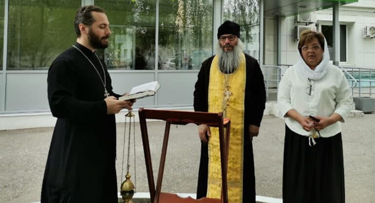 Казанская епархия уже помогает родным жертв и пострадавшим при нападении на школу