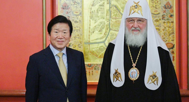Патриарха Кирилла официально пригласили в Южную Корею