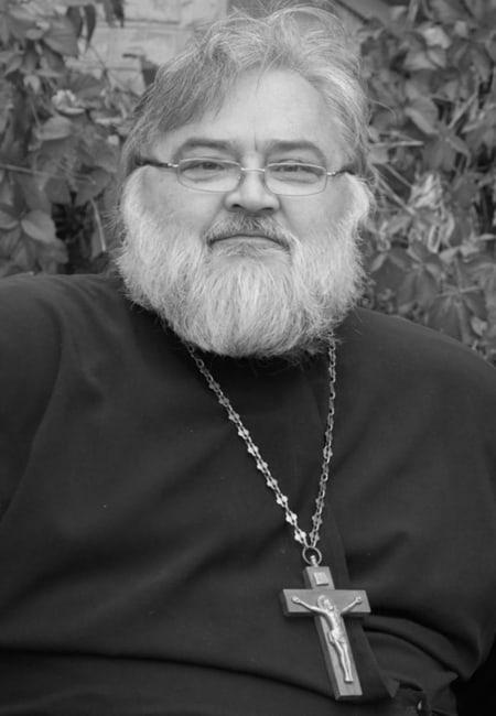 Из-за ковида скончался священник, воссоздавший Крестовоздвиженский приход Волгограда