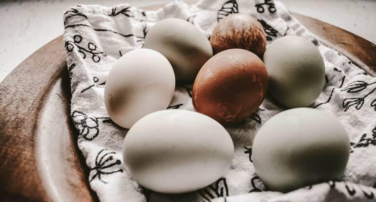 Можно ли на Светлой докрасить яйца?