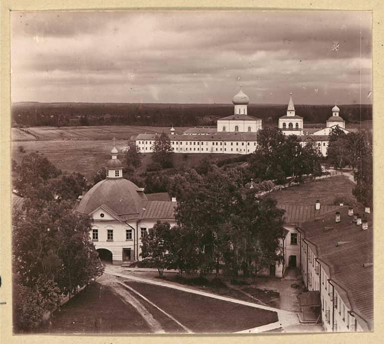 Свято-Троицкий Александра Свирского мужской монастырь