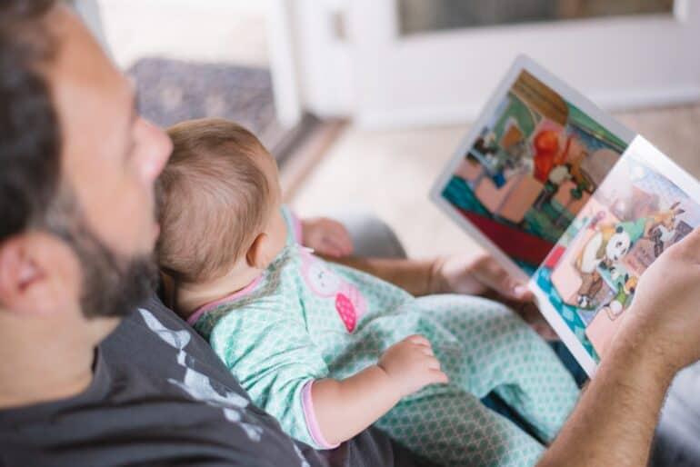 «Папа идет обниматься»: как рождаются семейные традиции всовременной семье