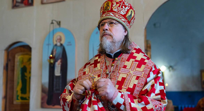 «Мы их меньше замечаем»: митрополит Рязанский Марк благодарен медсестрам, спасавшим людей из огня