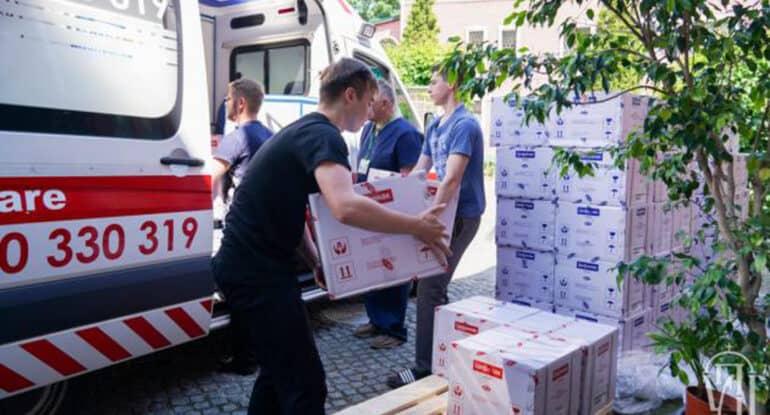 Украинская Церковь в очередной раз масштабно помогла медикам и нуждающимся