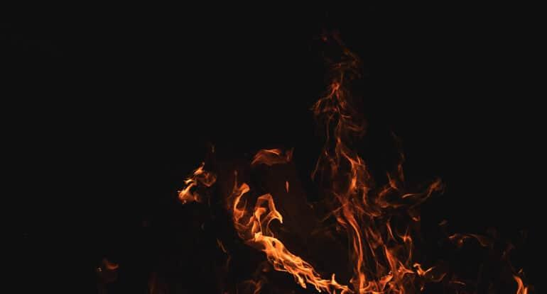 Равнодушен к Благодатному огню. Я попаду в ад?
