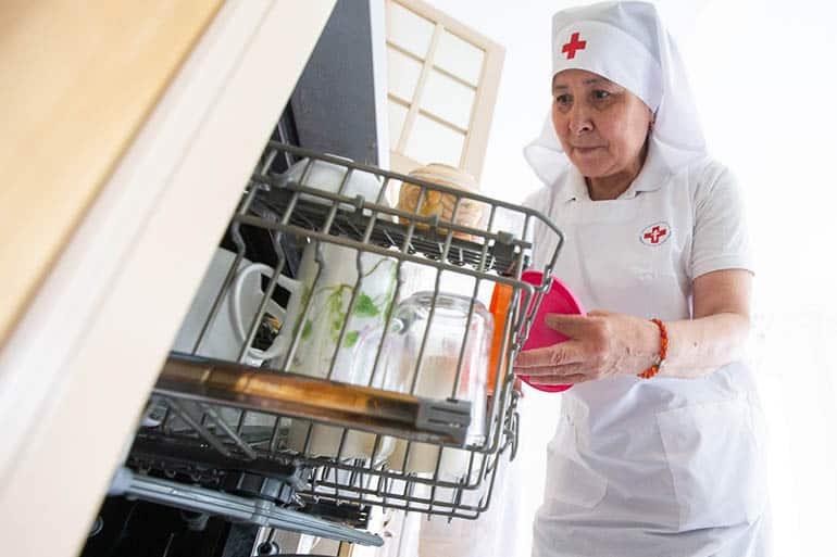 «До сих пор ходят слухи, что я миллионерша, которая уехала в Москву и живет на Рублевке» — история женщины, которая однажды поменяла в своей жизни всё