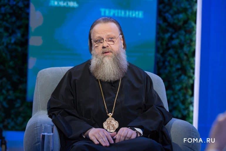 Мне было 25 лет, когда я  первый раз принимал исповедь, и я плакал, – история православного епископа