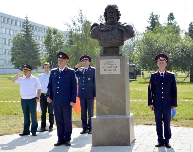 В Кантемировской дивизии открыли памятник святому князю Александру Невскому