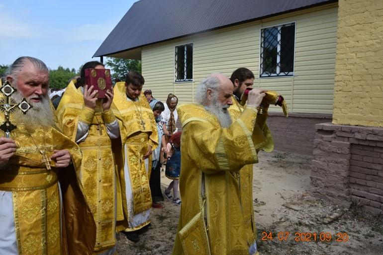 На Черниговщине восстановили дореволюционный храм, сгоревший год назад от удара молнии