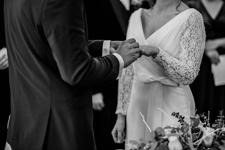 Как найти предназначенного мне Богом человека? — священник отвечает на вопрос запутавшейся женщины