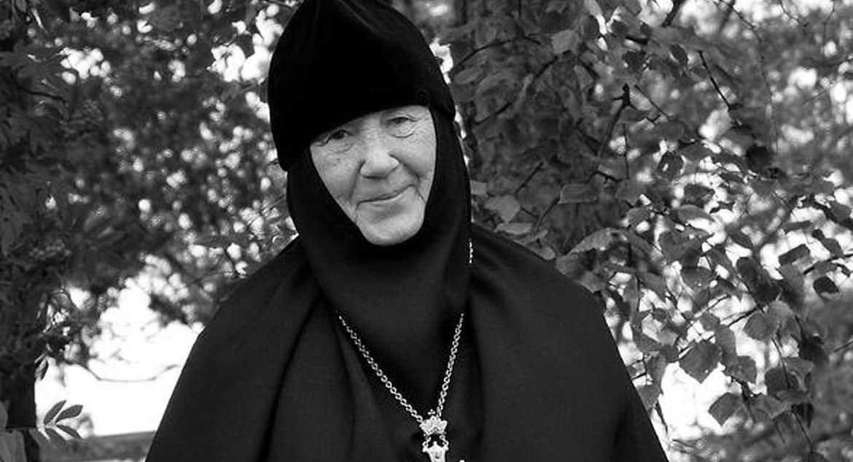 Из-за ковида во Владивостоке скончалась игумения-поэтесса Мария (Пономарева)