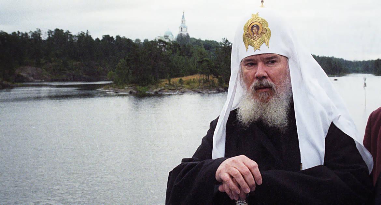 Патриарх Алексий II разрешил отпевание Марины Цветаевой из-за сострадания, считает священник-психолог