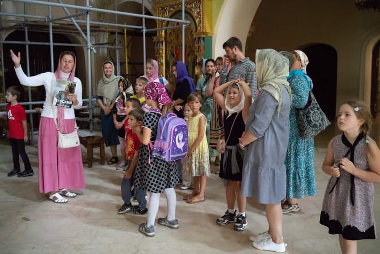 Акция «Портфель первоклассника» помогла собрать в школу еще 150 детей из многодетных семей