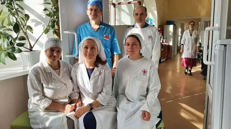 Епископ Пантелеимон поблагодарил волонтеров, работающих в «красных зонах» после церковных курсов