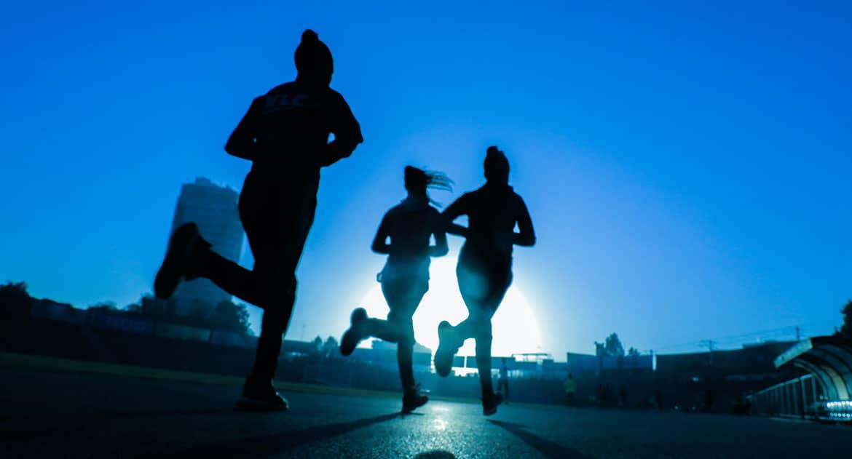 Можно ли в пост заниматься спортом под музыку?