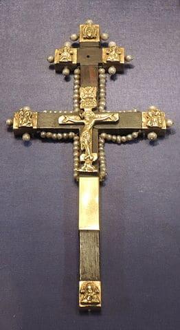 Что стало с Крестом, на котором был распят Иисус Христос?