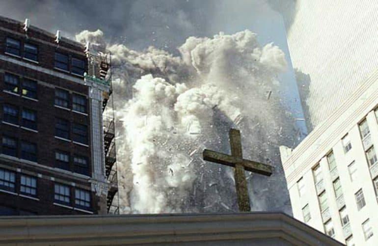 «Матушка вбежала в храм и сказала, что произошло нечто ужасное» — настоятель храма рядом с Пентагоном вспоминает 11 сентября