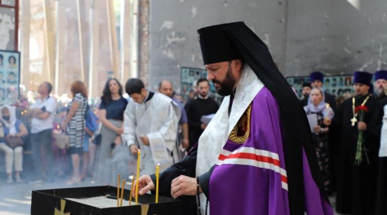 Жертв бесланской трагедии помянули в молитвах