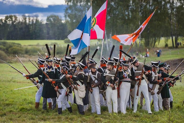 «Идет Кутузов бить французов!»: В Бородино отметили очередную годовщину исторической битвы