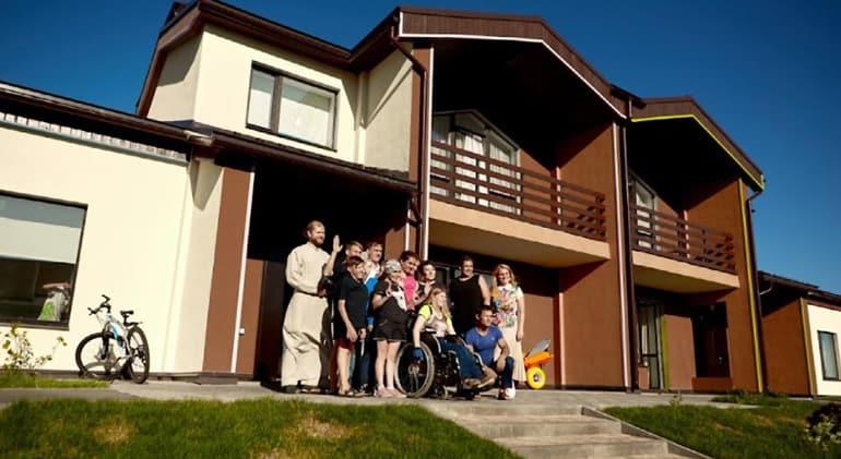 В арт-поместье «Новые берега» для людей с инвалидностью откроют два новых объекта