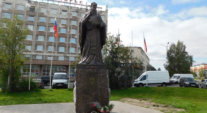 Просветителю саамов преподобному Феодориту Кольскому установили памятник
