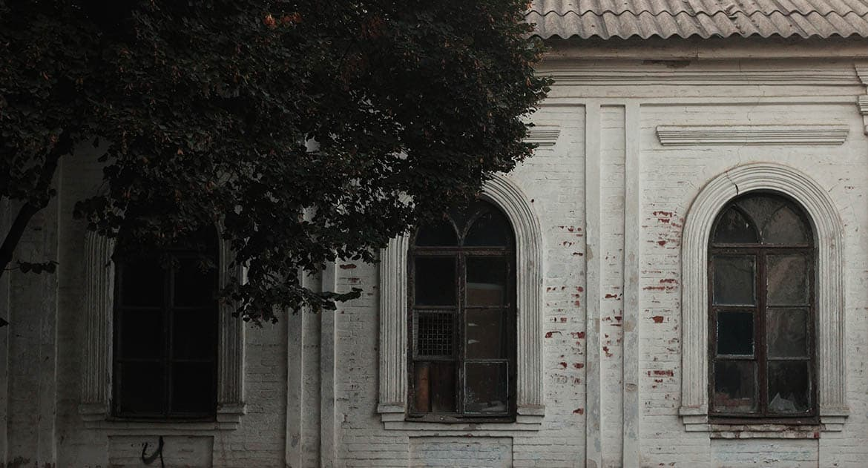 «Мы всем приходом молились об этом горьком пьянице» — священник о трагической истории, которую не может забыть