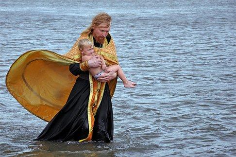 Крещение — не защита, а крест
