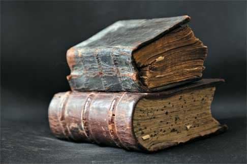 Cжигала ли Церковь книги?