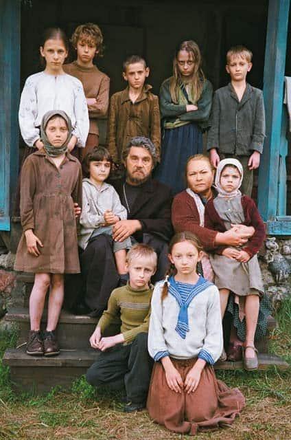 В недавно вышедшем на экраны фильме «Поп» Нина Усатова сыграла роль матушки Алевтины