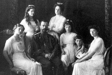 Следователь утверждает, что все члены семьи царя Николая II погибли и выживших не было