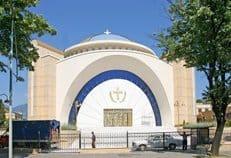 В столице Албании освятят кафедральный собор в честь Воскресения Христова