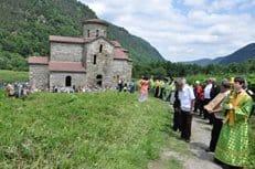 В одном из древнейших храмов Кавказа совершена Божественная литургия