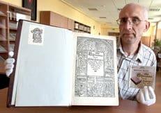 В Минске презентовали оцифрованную Берестейскую Библию XVI века