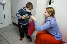 На Святках в Москве более 40 тысяч нуждающихся получили подарки