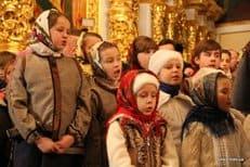В Киеве прошел детский молебен о мире в Украине