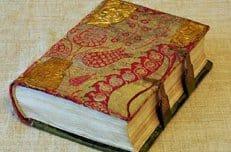 На Афон из США вернут рукописный Новый Завет XII века